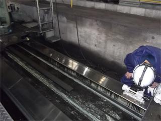 写真:静的精度測定① ~産業機械のメンテナンス/山崎マシンテック株式会社