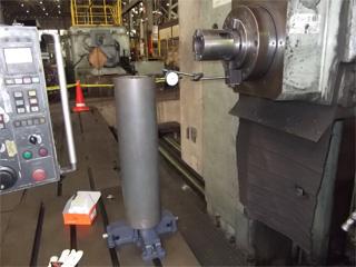 写真:静的精度測定③ ~産業機械の修理・改造・据付/山崎マシンテック株式会社